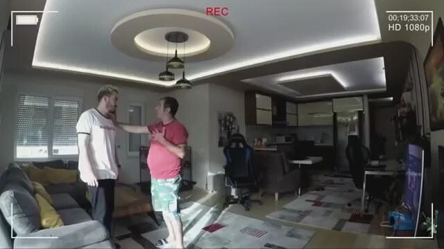 YouTuber Enes Batur'a 3 Ayrı Soruşturma Açıldı
